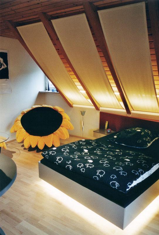 Jugendzimmer mit Dachschräge