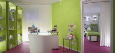 Innenarchitektur Ausbau Kosmetikstudio: Blick durch den Raum