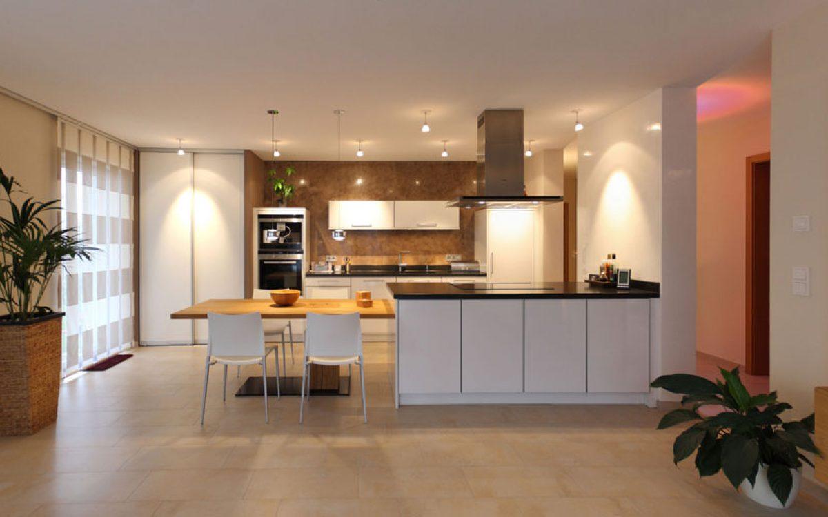 Innenarchitektur Privatwohnung: Offene Küche Modern
