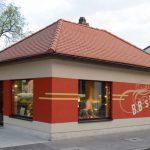 Innenarchitektur Sanierung: Friseursalon Fassadengestaltung