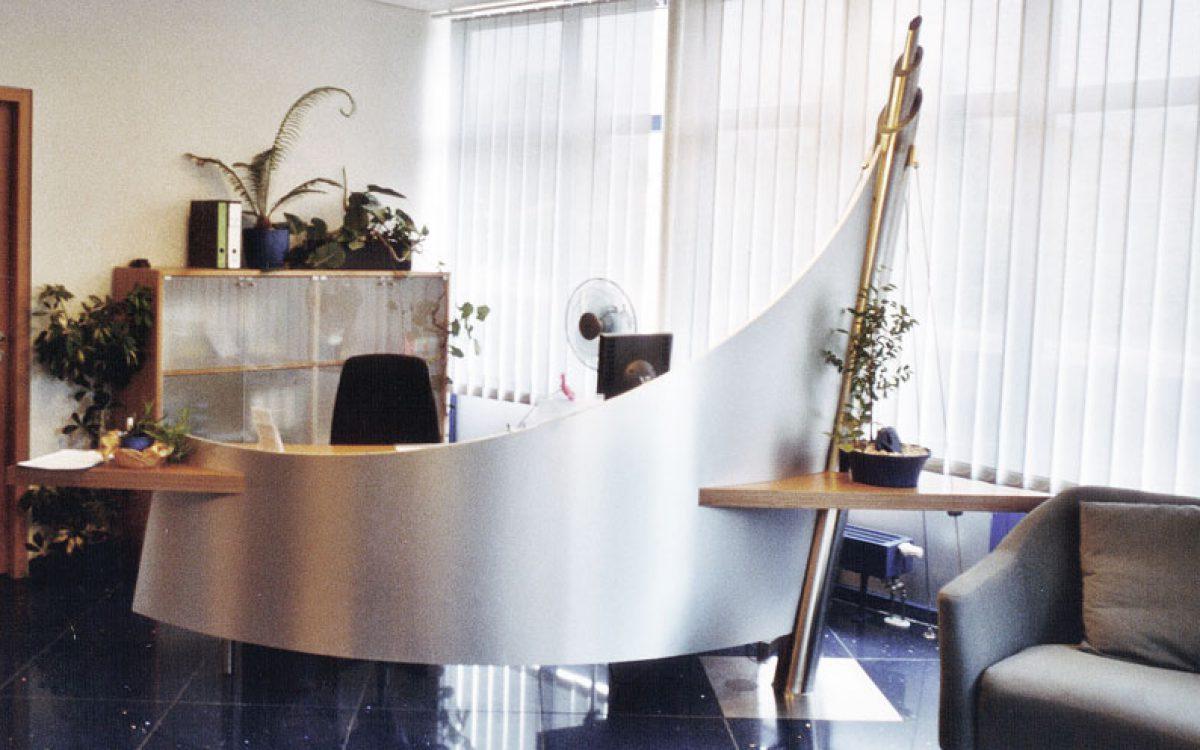 Emfangsbereich eines Unternehmens: Tresenkonstruktion